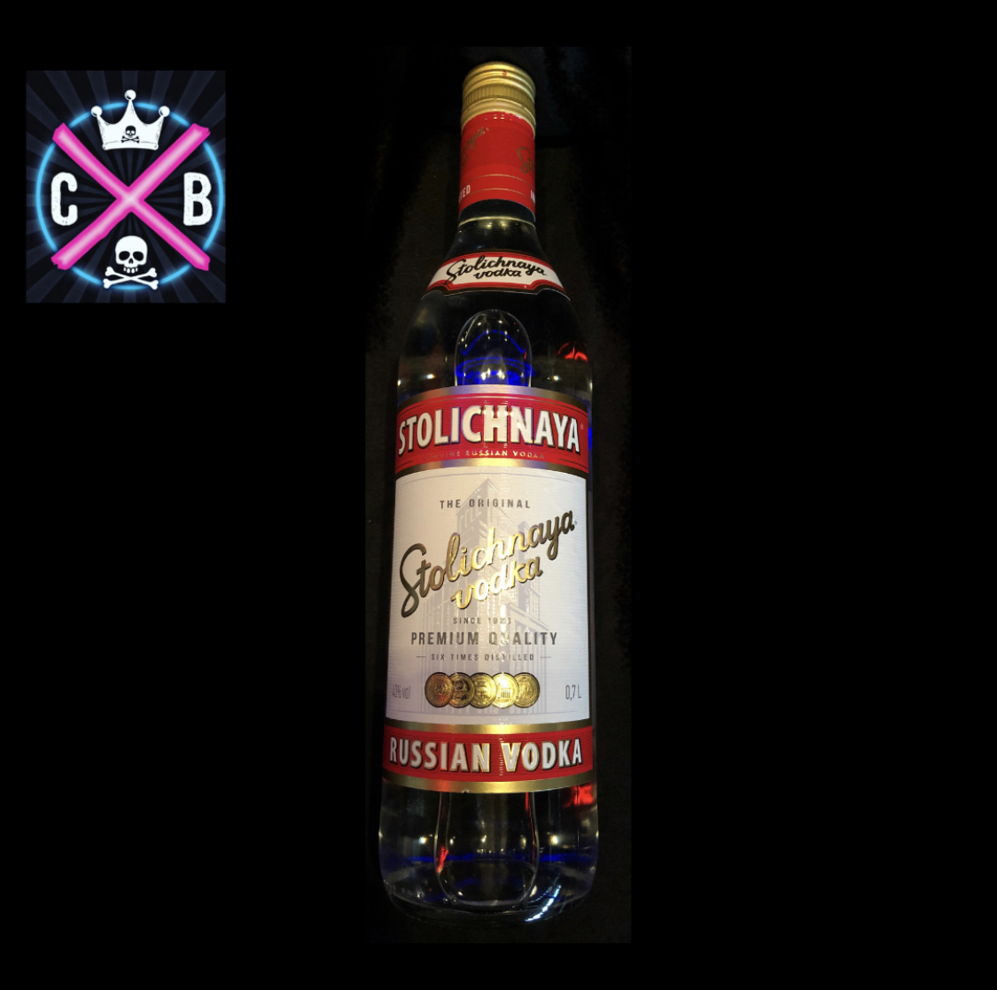 Wodka Stoli White 0,7l ( inkl. 4 Dosen Red Bull )